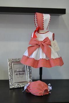 El armario de Lucía: OLIVIA Baby Girl Dress Patterns, Little Girl Dresses, Baby Dress, Baby Sewing Projects, Sewing For Kids, Dress Anak, Sweet Dress, Baby Wearing, Kids Wear
