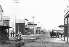 Water Street, 1887 Source: City of Vancouver Archives Vintage Pictures, Old Pictures, Old Photos, Past Tense, History Facts, Back In The Day, Historical Photos, British Columbia, West Coast