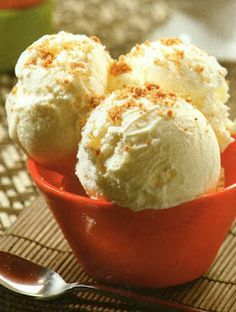 Dpurafruta: Receta de helado de yogurt natural Cold Desserts, Frozen Desserts, Frozen Treats, Best Ice Cream, Vegan Ice Cream, Sorbet Ice Cream, Natural Yogurt, Homemade Ice Cream, Yum Yum Chicken