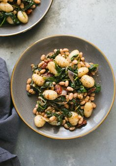 Spinach and Gnocchi with White Beans from Power Plates || theclevercarrot.com