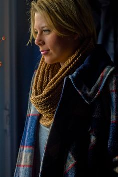 Knifty Knitter Cowl Patterns. Gonna make a few of these. don't like long scarves