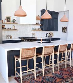 Boho Chic Interior Kitchen Designs and Decor Ideas - Bohemian Home Kitchen Living Room Interior, Interior Design Kitchen, Kitchen Decor, Kitchen Lamps, Scandinavian Kitchen Renovation, Navy Kitchen, Kitchen Modern, Kitchen Rug, Kitchen Fixtures
