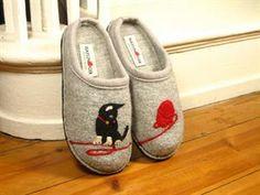 Haflinger Cat Slippers Grey