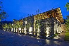 Galeria de Restaurante Son La / Vo Trong Nghia Architects - 10