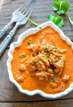 Butter Chicken in a Slow Cooker. Homemade effortless Chicken Dinner with restaurant style simple Indian Butter Chicken all prepared in slow cooker! w/ step photos. Shawarma, Butter Chicken Slow Cooker, Chicken Makhani, Curry Chicken And Rice, Slow Cooker Recipes, Cooking Recipes, Crockpot Recipes, Indian Butter Chicken, Recipe For Butter Chicken