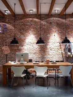 Vintage & Chic · Blog decoración. Vintage. DIY. Ideas para decorar tu casa: Un antiguo almacén reconvertido en un hogardulcehogar · A warehouse transformed into a homesweethome