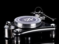 VPI Industries Signature Prime now available http://hifipig.com/vpi-prime-signature-turntable-launched/ #hifi #hifinews #vpi #turntable #vinyl