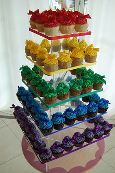 Rainbow wedding cup cake tower that could be any kind of cup cakes that you both like. Cupcakes Arc-en-ciel, Cupcake Torte, Rainbow Cupcakes, Rainbow Food, Rainbow Theme, Taste The Rainbow, Rainbow Birthday, Wedding Cupcakes, Wedding Favors