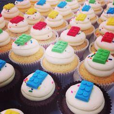 Lego cupcakes www.breezyscakes.com.au