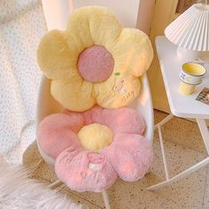 Cute Room Ideas, Cute Room Decor, Barbie Store, Cuddles And Snuggles, Pinterest Room Decor, Aesthetic Backpack, Pastel Room, Kawaii Room, Minimalist Room