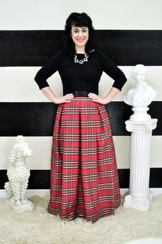 You cant get any more Christmas than this charming red plaid taffeta ball skirt! It is full, pleated and swishy when you walk! This skirt looks