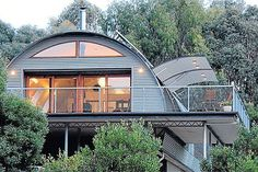 """THREE PHOTOS: Innovations such as the automated """"wing"""" windows allow cool breezes in and air-lock when closed to trap heat. Hut House, Dome House, Quonset Hut Homes, Prefab Homes, Metal Building Homes, Building A House, Architecture Organique, Shed Homes, Structure Metal"""