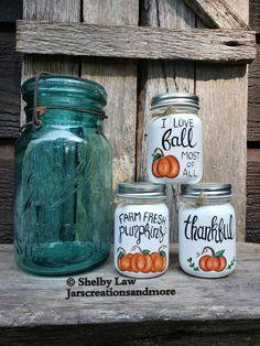Fall Mason Jars, Halloween Mason Jars, Mini Mason Jars, Mason Jar Crafts, Bottle Crafts, Half Pint Mason Jars, Quart Size Mason Jars, Mason Jar Soap Dispenser, Jar Art