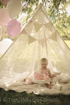 Tasty Bella Cake Smash // Sunshine Coast // first birthday // vintage // girl // girly // pink // teepee // outdoor // frills // lace // tent // balloons