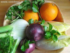 Ook in de winter kan een rauwkostsalade als bijgerecht goed smaken. Bijvoorbeeld met witlof, venkel en waterkers.