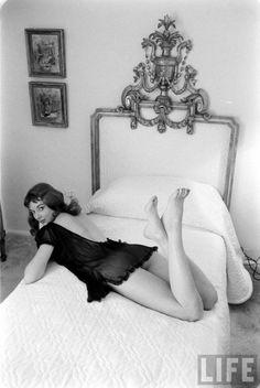 Vikki DouganRalph Crane, Life, 1957 | via LIFE Photo Archive