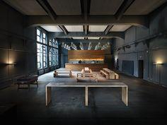 :: INTERIORS :: KMS TEAM GmbH / Tölzer Straße 2c, 81379 Munich, Germany, beautiful bold black office interior