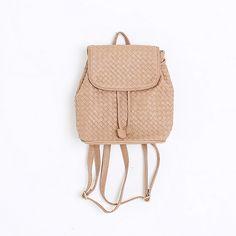 Korea womens shopping mall [REALCOCO] Bottega Mini BackPack / Size : FREE / Price : 40 USD #korea #fashion #style #fashionshop #apperal #koreashop #ootd #realcoco #bag #backpack #leatherbag