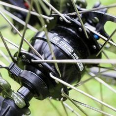 Dinamo de buje SP PD-8 - Génesis Tour de Fer - Bicicleta cicloturismo de acero - Ciclotraveling