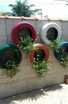 Enchanting DIY Vertical Planter Pin April Flesch On Projects To Try Tire Garden Garden Garden Art diy garden projects Enchanting DIY Vertical Planter