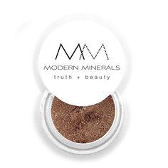 Modern Minerals Eyeshadow in Vixen. #ModernMinerals #Vixen #EyeShadow #MadeInUSA #Makeup #Beauty #Vegan #CrueltyFree #VeganBeauty #CrueltyFreeBeauty