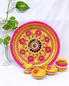Diwali Decoration Items, Thali Decoration Ideas, Free Phone Wallpaper, Aesthetic Iphone Wallpaper, Wedding Crafts, Wedding Decorations, Marriage Decoration, Diy Flowers, Flower Diy