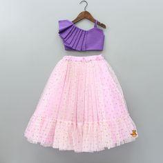 Kids Party Wear Dresses, Kids Dress Wear, Dresses Kids Girl, Kids Frocks Design, Baby Frocks Designs, Kids Lehenga, Net Lehenga, Long Frocks For Girls, Kids Dress Collection