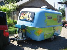 The Mystery Machine, camper trailer style! Fort Langley, July 21, 2006 by petramarcemilyaudrey
