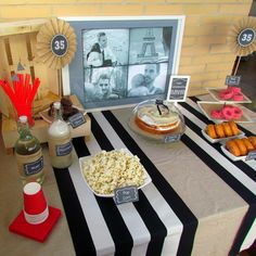 Fiesta 35º cumpleaños - 35th Birthday Party - Decoración en blanco, negro y gris - Black, white and grey decor -  https://baladrecraftingcreativity.wordpress.com