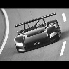 Audi R8R Shooting round the Track! POW!