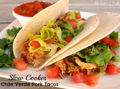 Slow Cooker Chile Verde Pork Tacos on SixSistersStuff.com - this is so flavorful!