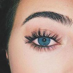 eyes, beauty, and blue image Beautiful Eyes Color, Pretty Eyes, Cool Eyes, Aesthetic Eyes, Aesthetic Makeup, Cute Makeup, Makeup Looks, Ocean Blue Eyes, Eye Photography