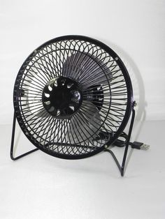 usb ventilator tischventilator fan metall mit 2. Black Bedroom Furniture Sets. Home Design Ideas