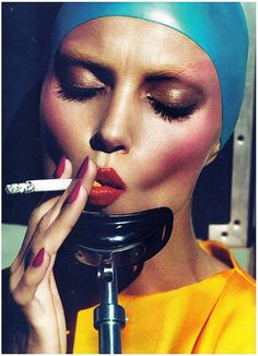 Anja by Mert & Marcus CONTOUR WITH A WEIRD COLOR