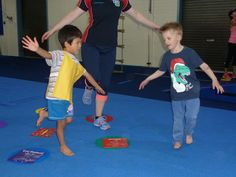 Seacliff Pre-Gym (age 4 - 5 yrs) is conducted by qualified KinderGym / Gymnastic coaches