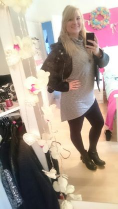Loving asymmetric tops/jumpers at the moment!
