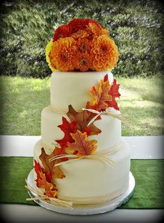 Fall wedding cake.... But without the top flowers, unless they incorporate our flowers.