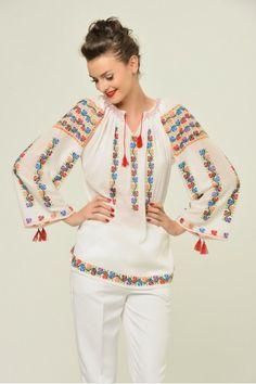 romanian, handmade Folk Costume, Costumes, Romanian People, Russian Fashion, Russian Style, Ukraine, Hand Embroidery, Kimono Top, Bell Sleeve Top