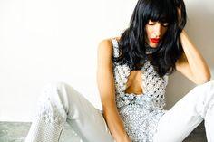 love the swanky posing of this shoot  http://annstreetstudio.com/