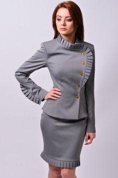 Sep 2019 - Wrap Blazer Ladies Jacket Wrap Jacket Ruffle Sleeves For Stylish Office Wear, Look Office, Casual Office, Ladies Office Wear, Office Uniform, Business Casual Pants Women, Business Casual Attire, Professional Attire, Business Professional