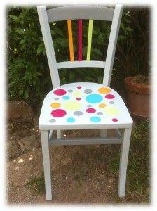 Chaise relookée avec les peintures et pochoirs Eléonore Déco www.eleonore-deco.com