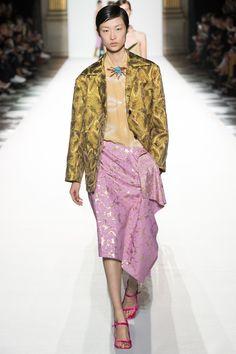Dries Van Noten Spring 2018 Ready-to-Wear Collection Photos - Vogue