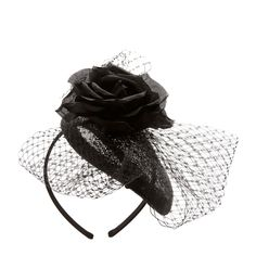 <P>The 1920's are back in style with this vintage headband. An black oval cap is adorned with black lace and a fabric rose for a romantic look. Complete the look with some classy pearls for a total throwback vibe. Perfect for themed parties.</P><P><B>Headband</B> by <B>Balfour</B></P><UL><LI>Online only item&lt...