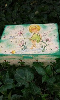 Little girl box,birthday gift.Hand painted with acrylic paint decoupage with paper napkin.Protected with acrylic varnish.20eur