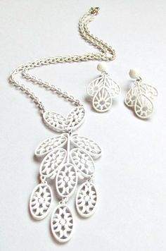 White Enamel Necklace and Earrings 1960s Monet by vintagepaige