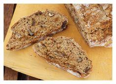 walnut treacle soda bread