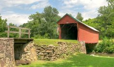 Once popular, most of Virginia's historic covered bridges have disappeared. Learn about the few that are still standing.