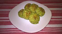 Chifteluțe cu broccoli și cașcaval Avocado Toast, Guacamole, Mexican, Breakfast, Ethnic Recipes, Blog, Morning Coffee, Blogging, Mexicans