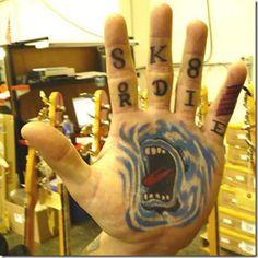 tattoo lobo mao - Pesquisa Google