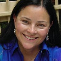 Nyy'xai Female Diana Gabaldon Author Diana J. Gabaldon is an American author, known for the Outlander series of novels. Her books merge multiple genres, featuring elements of historical fiction, romance, mystery, adventure and science fiction/fantasy. Wikipedia